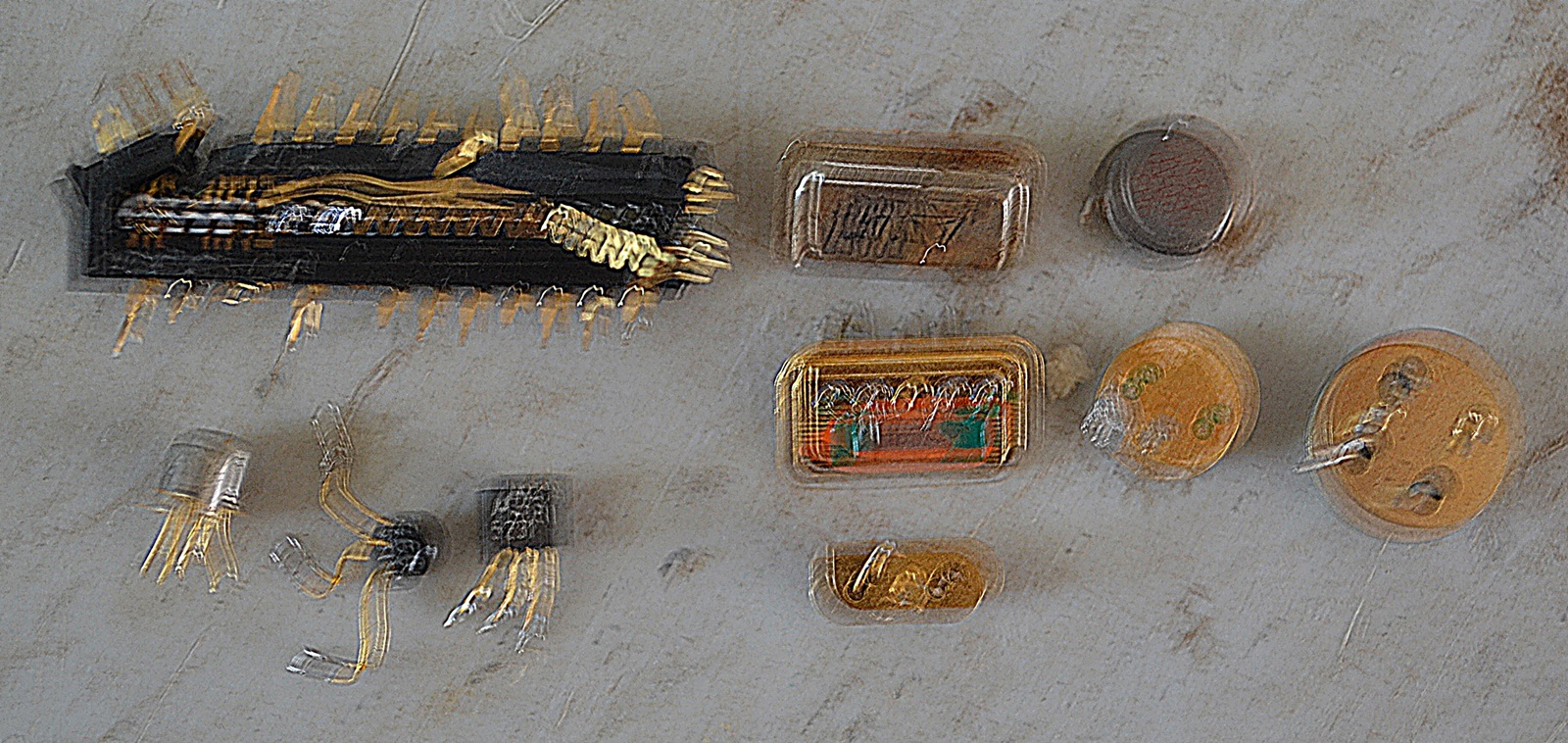 Picking Crystal Oscillators Off Boards Scrap Metal Forum Details About 1 Lb Cell Phone Circuit Gold Recovery Ii Click Image For Larger Version Name E Waste 009 Views